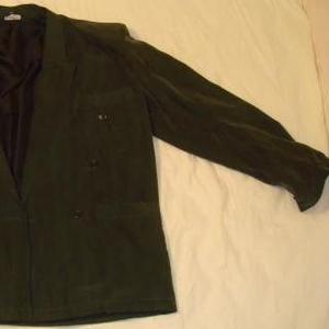 Продам мужской костюм мокрый шелк