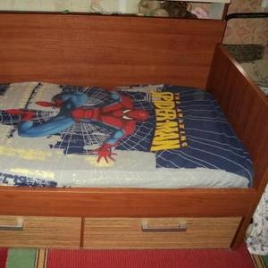 Продаю детскую кровать-диван