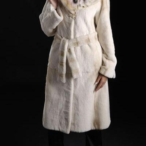 Продам классическое пальто из стриженой норки