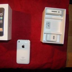 Продам белый Iphone 3G