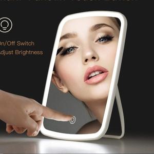 Xiaomi Светадиодный светильник хороший подарок недорогой. Алиэкспресс.