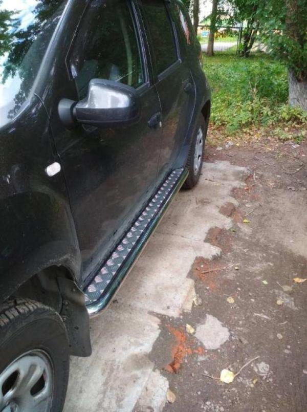 Защита порогов «Эстонец» на автомобиль Renault Duster  2