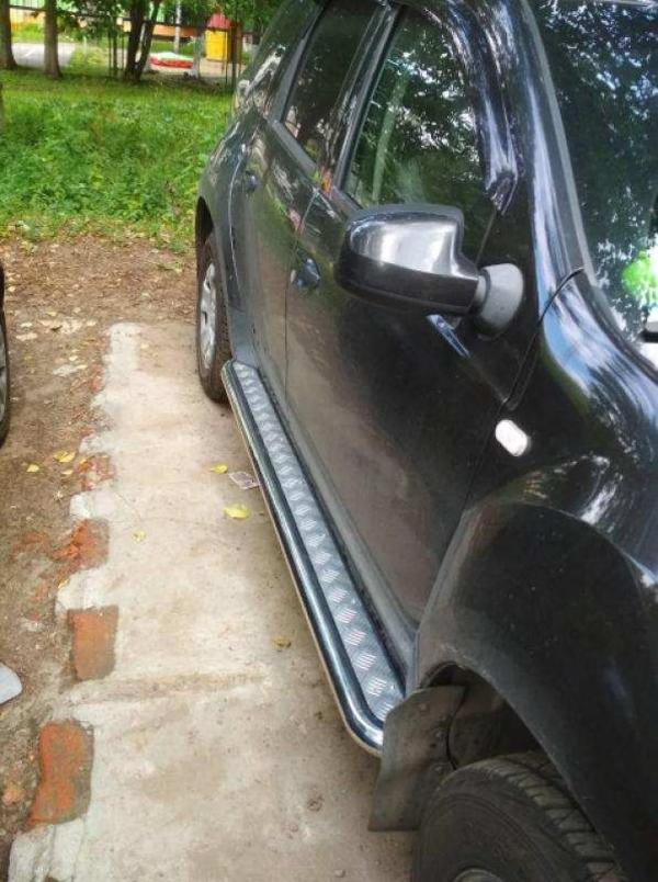 Защита порогов «Эстонец» на автомобиль Renault Duster  3